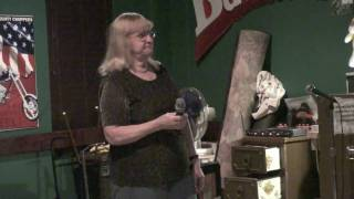 Mainliner Pub KAraoke Wk2 - Pat - I Didn't Know God Made Honky Tonk Angels by Jeanne Pruett (cover)