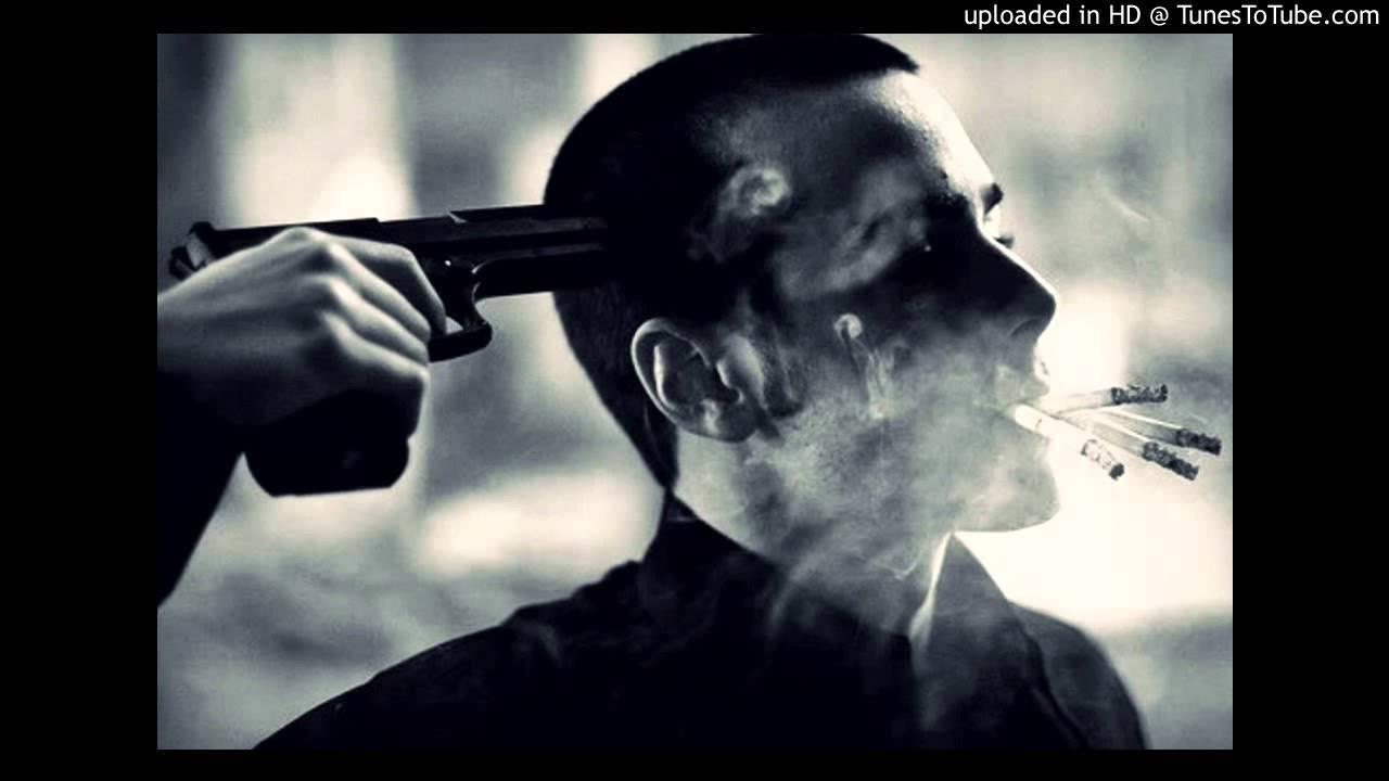 Суда сосет под дулом пистолета