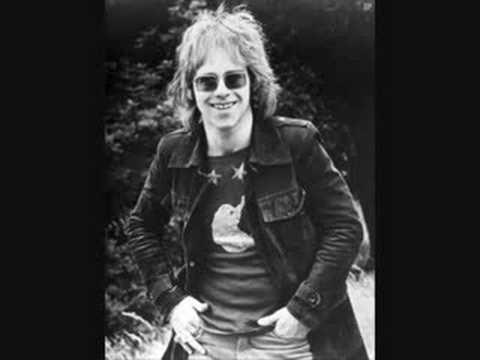 Elton John- Levon
