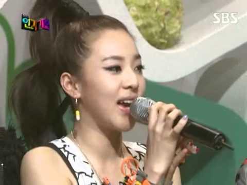 2NE1 - Interview @ SBS Inkigayo 인기가요 090531