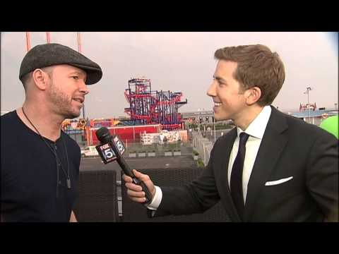 Donnie Wahlberg in Coney Island