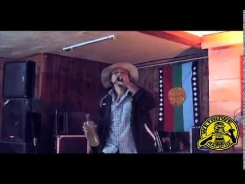 CHICHA CON HARINA - LOS CHANCHOS KOCHI KOCHI - TEMUCO #FEWLAMAY! 2015 - (WETRUWE MAPUCHE)