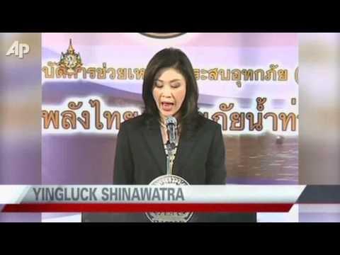 Bangkok Floods Creep Further, Shut Airport