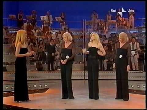 Special #unadinoi : Lorella Cuccarini e Paola Cortellesi duettano con le gemelle Kessler
