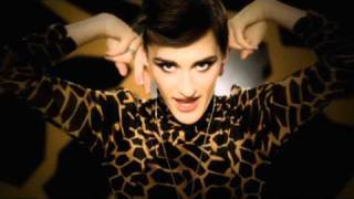 Watch Yelle Que Veux-tu video