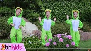 Chú Ếch Con -  Nhạc Thiếu Nhi Bé Tú Anh 4 Tuổi [Official MV]