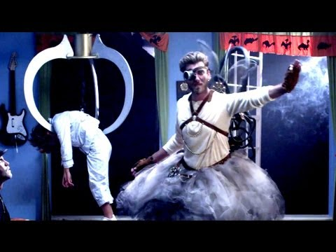 Steampunk Tooth Fairy - Music Video Spot the Differences - Rhett & Link