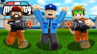 NEW MINIGUN AND BODY ARMOR IS OP in ROBLOX MAD CITY