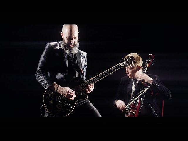 Mozart - Metallica Symphony No. 40 - Enter Sandman  MOZART HEROES OFFICIAL VIDEO