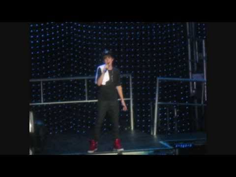justin bieber march 2011 concert. Justin Bieber Concert Pictures