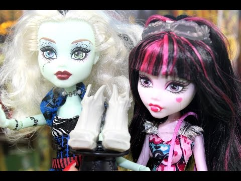 Dissappearnig Shoes - Draculaura, Nefera & Frankie Stein - Boo York & Freak du Chic - Monster High