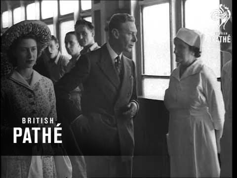 Royal Family On 'queen Elizabeth' (1948)
