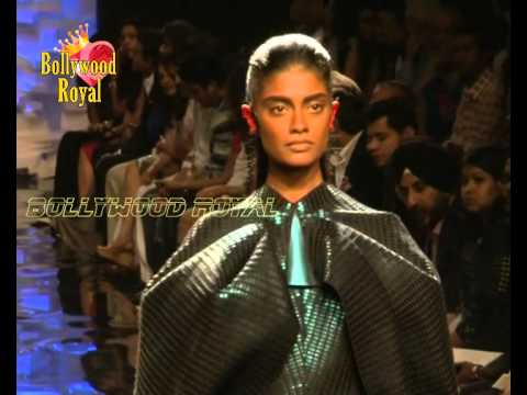 Opening Ceremony of Lakme Fashion WinterFestive 2014 of Amit Aggarwal with  Sushmita Sen  2