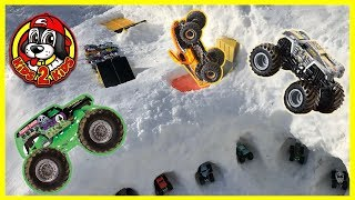 Monster Jam Toy Trucks ULTIMATE SNOW GARAGE & RAMP ARENA (ft. LIVE FREESTYLE SHOW HIGHLIGHTS!!)