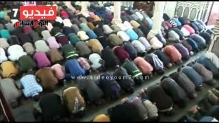 مئات المصلين بعمر مكرم يؤدون صلاة الكسوف