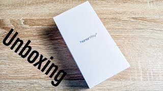 Honor Play Unboxing & First Impressions