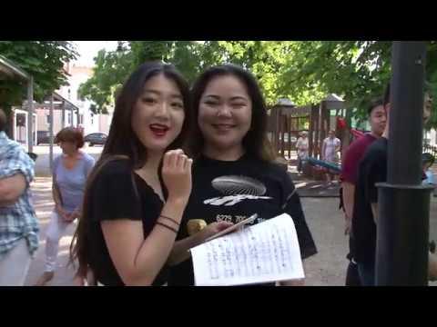Zenei flashmob a Kossuth téren