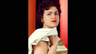 Watch Patsy Cline Why Cant He Be You video