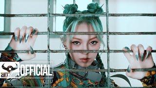 AleXa (알렉사) – 'REVOLUTION'  MV