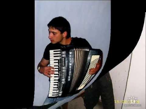 Sarba frumoasa Sergiu Mocanu-acordeon,,Radu Ivasco-clapa LIVE Cahul  079317981