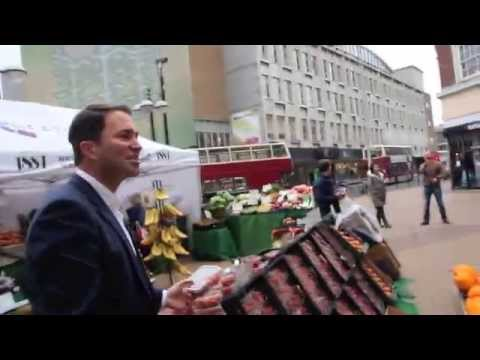 SAND TO THE ARABS, ICE TO THE ESKIMOS...EDDIE HEARN SELLS STRAWBERRIES TO THE PEOPLE OF HULL!