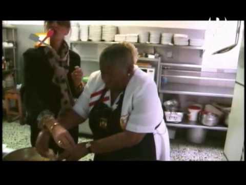Sandra Plevisani y Teresa Izquierdo: Picarones y Huevo Chimbo