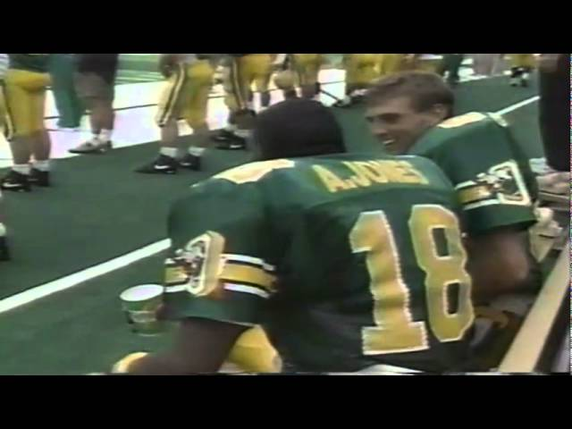Oregon WR Anthony Jones catches a 2 yard touchdown pass vs. WSU 9-07-1991