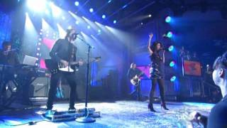 Клип Selena Gomez - Hit The Lights (live)
