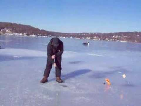 Automatic ice fishing tip up how to save money and do it for Jaw jacker ice fishing