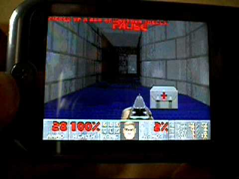 Video: Motorola ZINE ZN5 playing/running DOOM!