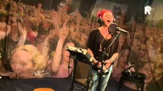 Live uit Lloyd - Dilana Smith - Woman I am