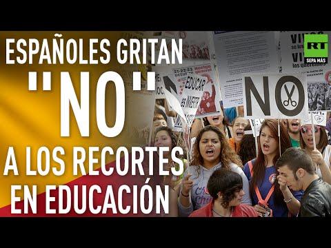 """Españoles en huelga para """"detener el deterioro y saqueo de la educación pública"""""""