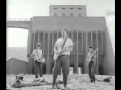 Minutemen - This Aint No Picnic