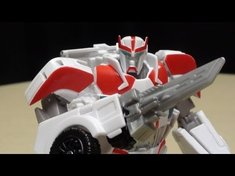Transformers Prime RID Deluxe RATCHET: EmGo's Transformers Reviews N' Stuff