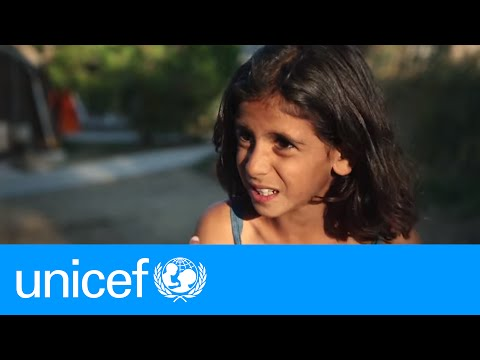 The dangerous boat ride to Greece through the eyes of a Syrian refugee girl | UNICEF