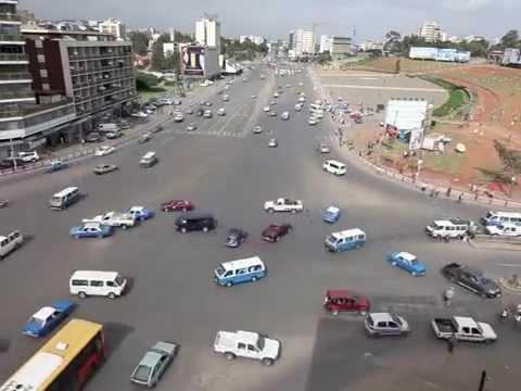 http://www.endoethiopia.com/ https://www.facebook.com/pages/Endoethiopia/179475778762938 Meskel Square. Centro neurálgico de Addis Abeba, frecuentemente es e...