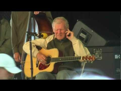 Doc Watson - Intro / Tuning / Lifeboat