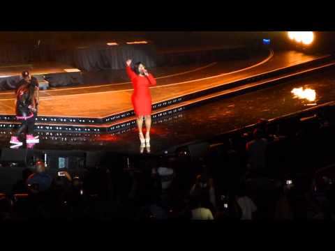 Missy Elliott Performs at Essence Festival, Parties with Beyoncé & Solange
