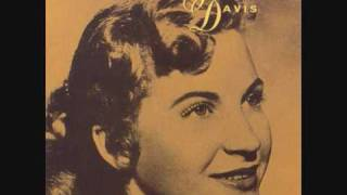 Watch Skeeter Davis i Cant Help You Im Falling Too video
