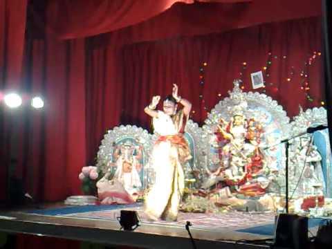 Rabindra Nritya by Raktima Bhadra Sarkar - Durga Puja 2009