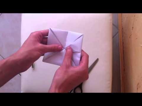 Faire une cocotte en papier pliage cocotte faire un - Comment faire une creche de noel en papier ...