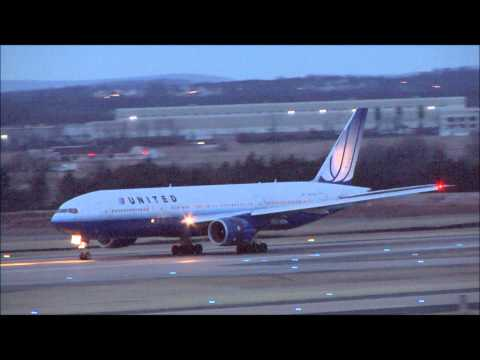 Spotting at Washington Dulles International Airport Chantilly, Virginia Saturday March 5, 2011 This video contains a short amount of activity on Runway 19C a...