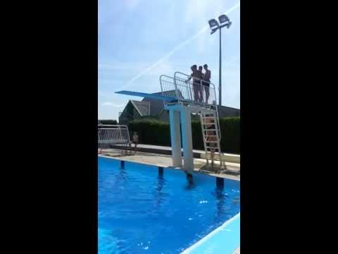 Piscine-La Gacilly Triple salto avant