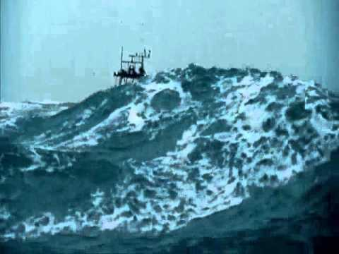 Angry Sea - The Perfect Storm In Reality video