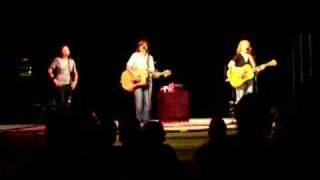 Watch Indigo Girls Melissa video