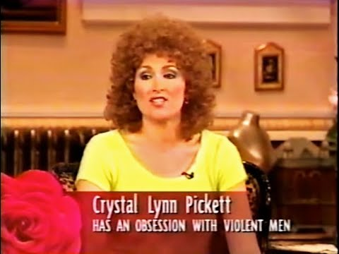 Roseanne interviews serial-killer lover Crystal Lynn Pickett (Nora Dunn)