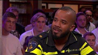 """Politieagent Dwight: """"Dat komt wel heel hard binnen"""" - RTL LATE NIGHT"""