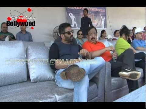 Sunil Shetty at the Dena Bank Premier League Cricket Tournament