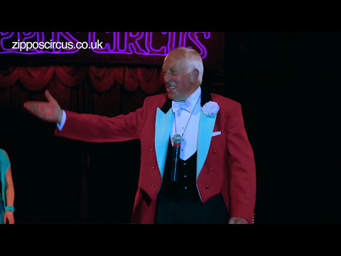Norman Barrett MBE and his amazing budgies: Zippos Circus