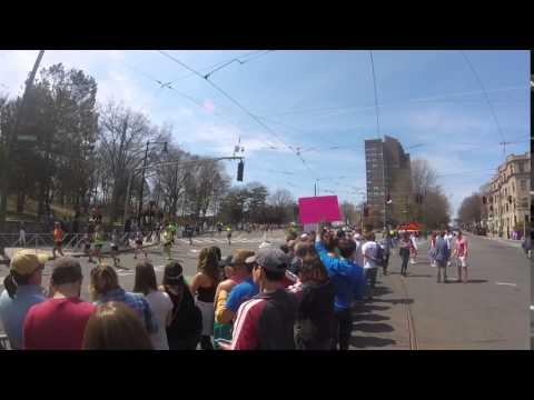 Boston Marathon 2016 -  Brookline (near reservoir)
